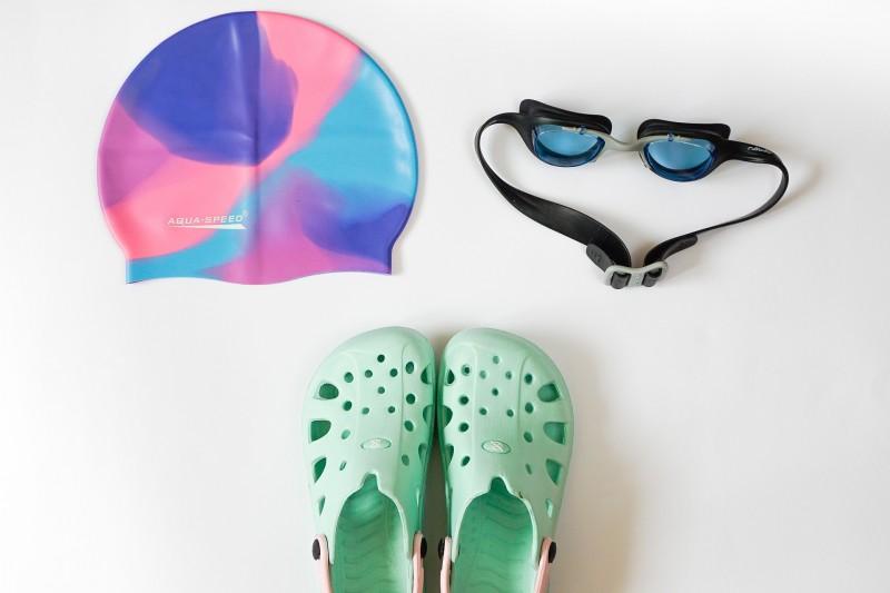 Svømmebriller med eller uden styrke - find dem online